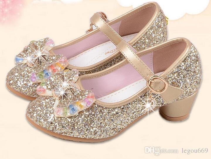 Compre Nuevos Niños Princesa Perlas Sandalias De Rebordear Niños Zapatos De  Boda De Flores Zapatos De Vestir De Tacón Alto Zapatos De Fiesta Para Niñas  Rosa ... f1856d7a1078