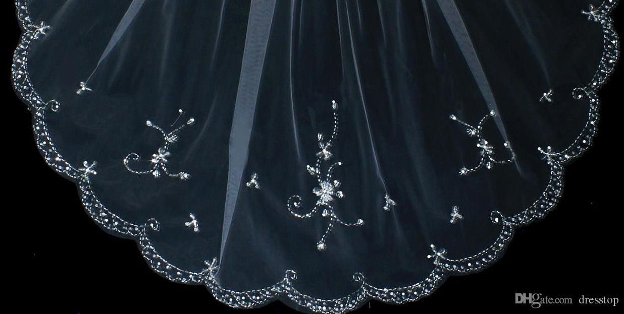 Nuovo arrivo One Layer Fingertip Veli da sposa con perline Cristalli Bordo Cheap Tulle Strass Velo da sposa la sposa