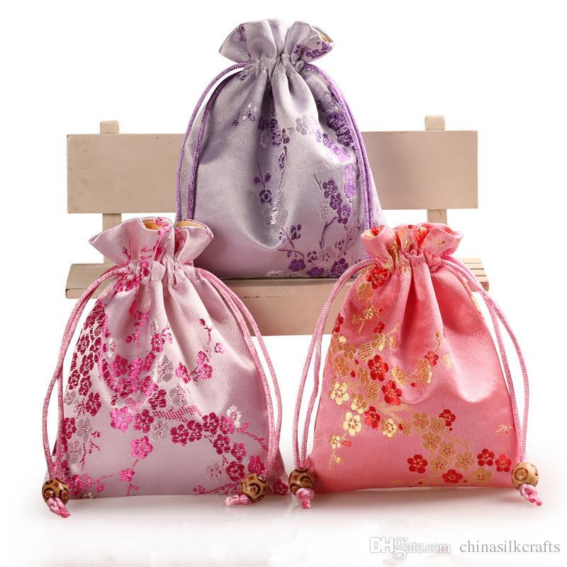 e52cf8121 Flores de cerezo grueso Bolsas de regalo de tela pequeña Cordón de  empaquetado Brocade de seda Brocado de joyería Herramientas de maquillaje  Bolsa de ...