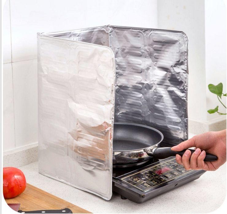 Kitchen Oil Splatter Guard Gas Stove Splash Guard Nonstick Cooker Shield Removal Aluminium-foil Scald Proof Board Housware Tool