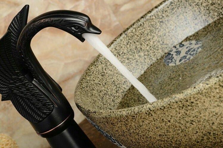 Vente en gros et au détail livraison gratuite robinet de bassin en cuivre Cuisine robinet de salle de bain de style européen Do vieux millésime Noir Bronze Swan