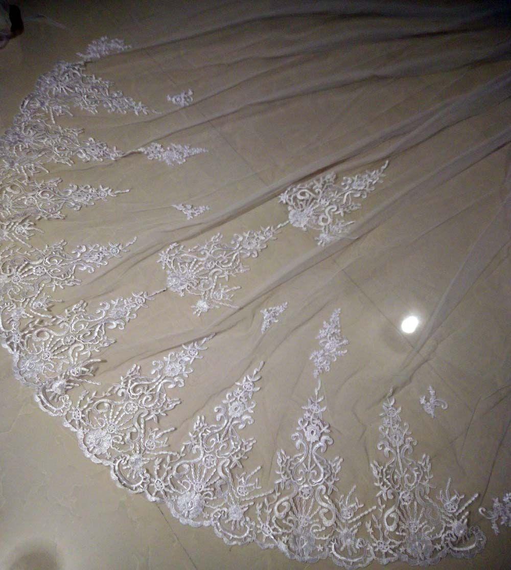 Meilleure mode Cathédrale Cathédrale Veil de mariage Promotion avec peigne One-Calers Belle dentelle White White Ivoire longue voile