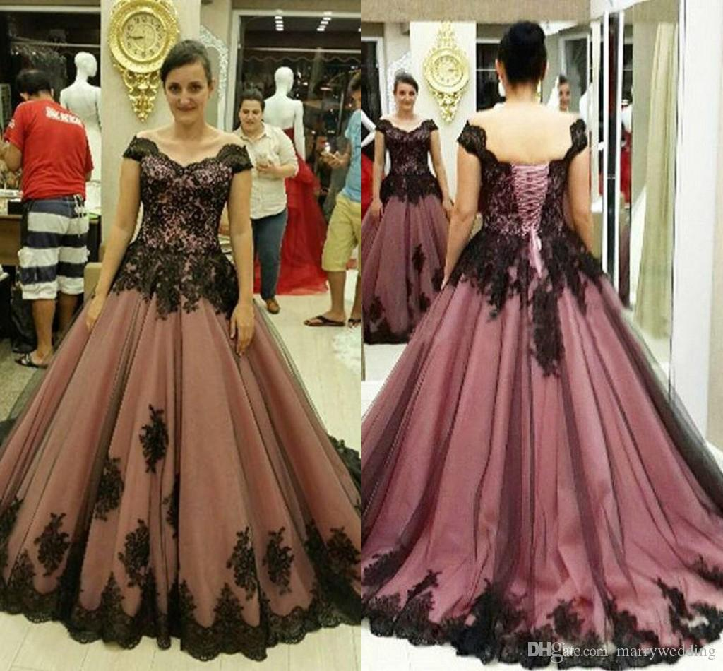 Vintage Lace Gothic Plus Size Evening Dress With Cloak A: Ball Gowns Gothic Prom Dresses Halloween 2016 Pink And