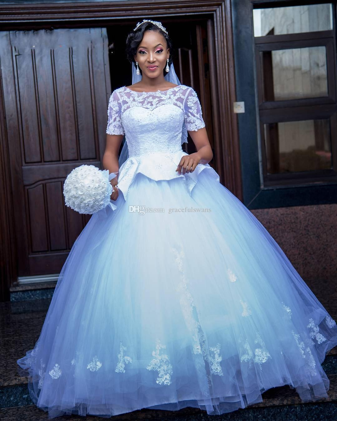 Short Sleeve Ball Gown Wedding Dresses African Scoop Lace Appliques
