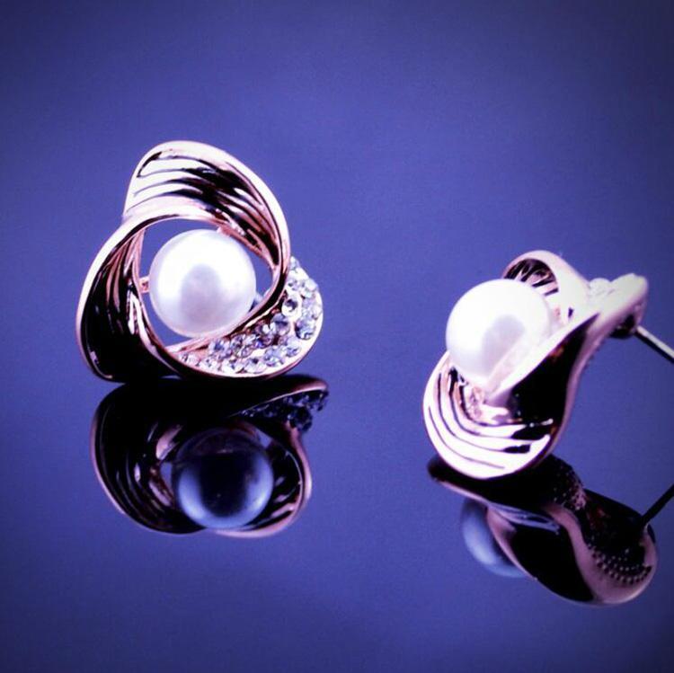 18K Pearl Necklace Earrings Jewelry Set 2016 Newest Ttriangle Shape Jewelry Set High Quality Alloy Jewelry Set 2016061
