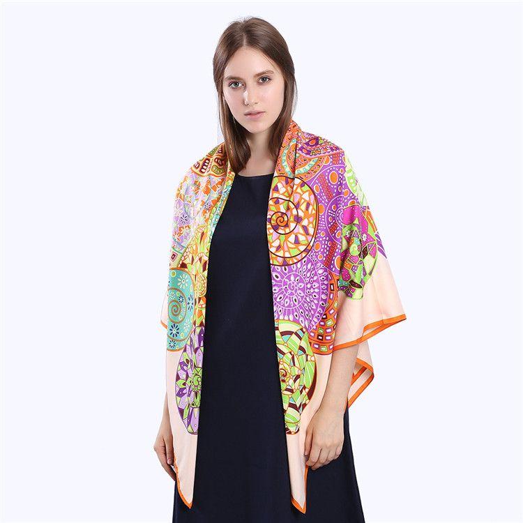 جديد حك الحرير وشاح المرأة بيزلي الطباعة والأوشحة مربع الأزياء التفاف الإناث الفولار كبير الحجاب شال منديل باندانا 130 * 130 سنتيمتر