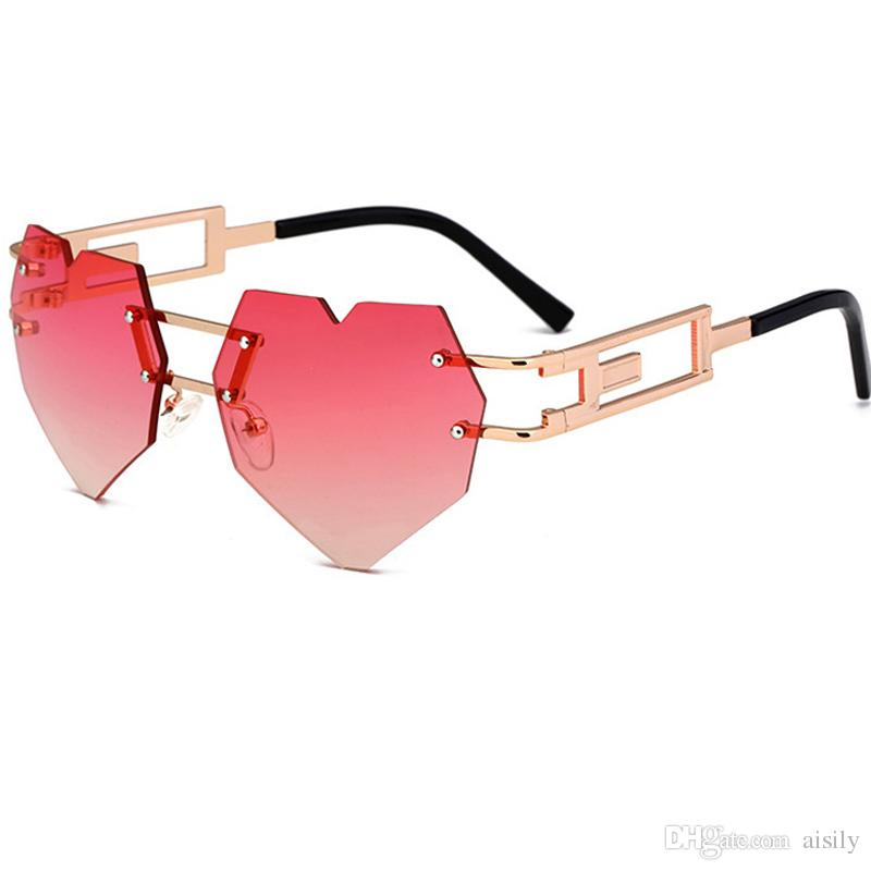 fa2d99dfbc Fashion Love Heart Shaped Sunglasses Women Brand Designer Vintage Women S  Glasses Sun Glasses Feminine Mirrored Female UV400 L53 Round Glasses  Designer ...