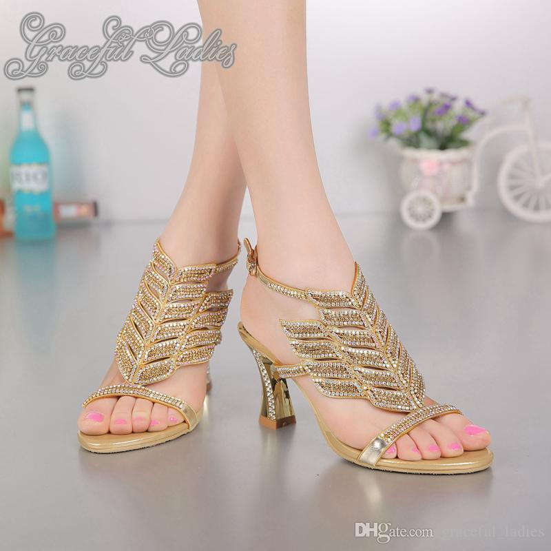 Zapatos de novia cristales 8cm bloque de pata diamantes de imitación boda sandalia Nueva talones de la llegada del Rhinestone de tiras sandalias de las mujeres 2016 sandalias de verano