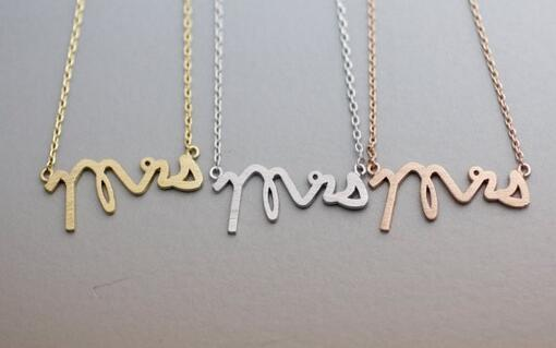 Moda sihirli kelimeler kolye kolye, sembol gizemli kelime kolye kolye kadınlar için toptan ücretsiz kargo moda kolyeler