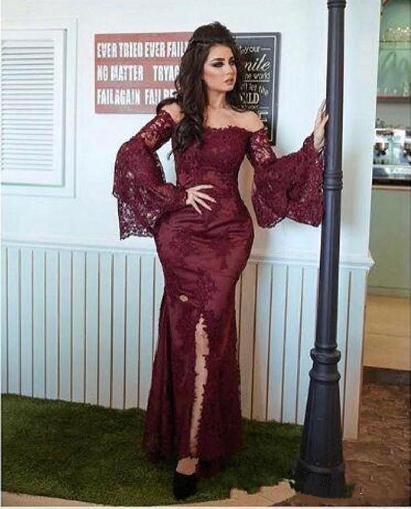 2018 Borgonha Arábia Saudita Vestidos de Desgaste da Noite Fora Do Ombro Manga Longa Sereia Dividir Vestido de Baile Applique Lace Ocasião Especial Vestido