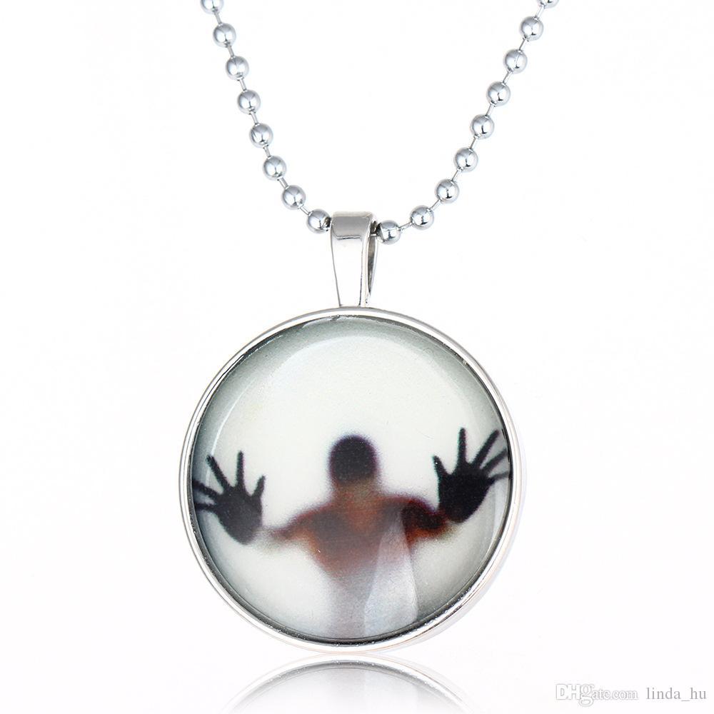 Vente de bijoux de style punk lumineux mode créatif lumineux collier pendentif lumineux bijoux pour hommes et femmes printemps et en été