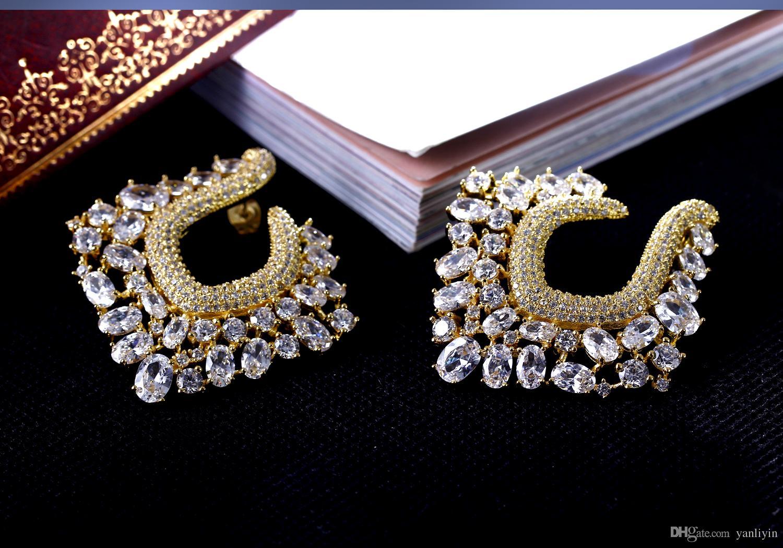 절대적으로 화려한 귀걸이! 백색 입방 지르코니아를 가진 큰 금 플레이트 환상적인 비정상적인 귀걸이