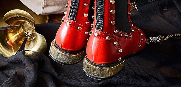Avrupa 2017 yeni kış çizmeler deri çizmeler düşük perçin boyutu ile Martin çizmeler ücretsiz kargo ile kalın