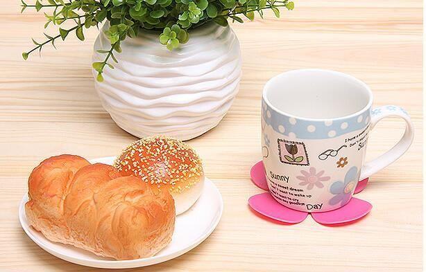 새로운 도착 3D 혼합 색상 꽃 꽃잎 모양 컵 코스터 티 커피 컵 매트 테이블 장식 내구성 예쁜 음료 Accssary