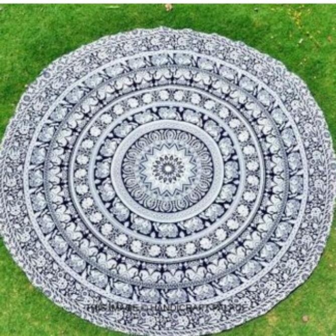 Forme de fleur de lotus rond Tapisserie murale suspendue à un motif floral Mandala Hippie Gypsy Tapis de Yoga Couverture 150cm