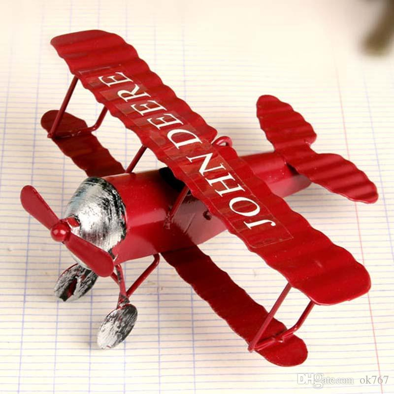 Spedizione gratuita Vintage Metal Plane Model Iron Retro AirCrafts Glider Biplane Mini Airplane Model Toy Christmas Home Decoration /