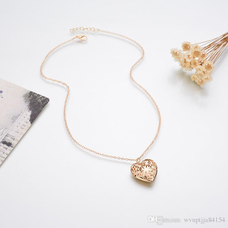 Gold Plated Gold Hollow Heart-Shaped Pendant Necklace Women Jewelry Accessories Cute Photo Box