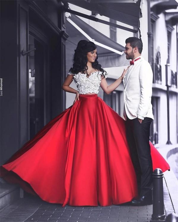 Arabisch Zwei Stücke Prom Kleider Weiß Rot Weg Von Der Schulter Vintage Appliques Crop Top Lange Formale Abendgesellschaft Kleider mit Kapelle Zug