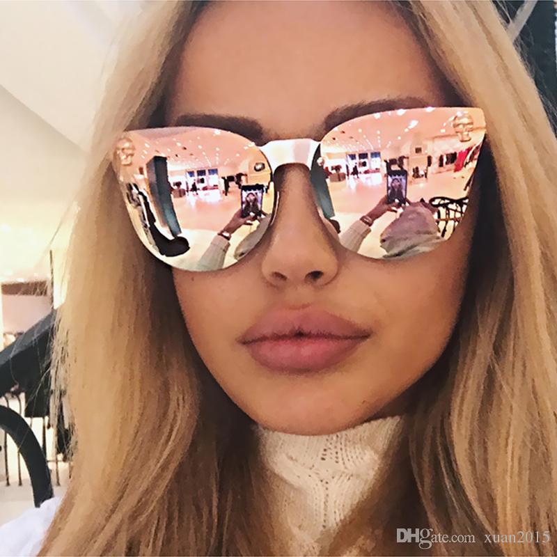 38e2f630a2bd5 Compre 2017 Hot Vender Moda Medusa Óculos De Sol Das Mulheres Da Marca  Eyewear Travel Rose Pink Lady Óculos De Sol Modelos De Passarela Estilo  Uv400 Y110 De ...