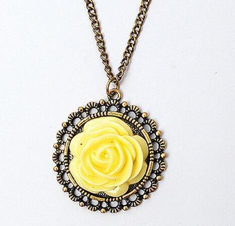 Retro Rose Flower Sweater Chain Rose Flower Pendant Necklace Jewelry Long Sweater Chian Long Pendant Necklace