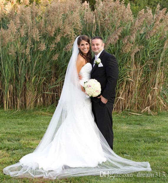 Горячая сочетание дешевые простые белые собор из слоновой кости вуаль 2т для свадебных платьев свадебные кусочки с гречком