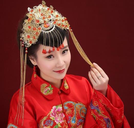 Belle nouvelle mariée coiffure rouge chinois mariage accessoires de cheveux à la main