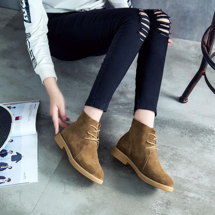 Yeni kadın Hakiki Deri Çizmeler Vintage Stil Düz Patik Yumuşak Inek Derisi bayan Ayakkabıları yan lace up Ayak Bileği Çizmeler zapatos mujer