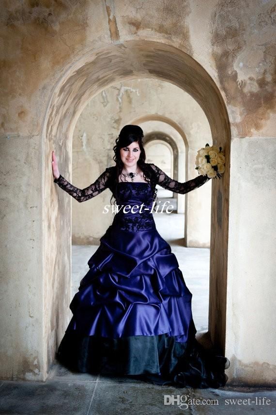 Victorian Gothic Plus Size Long Sleeve Wedding Dresses Sexy Purple and Black Ruffles Satin Corset Strapless Lace Bridal Gowns Plus Size Wear