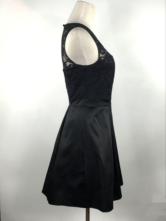Laço de cetim vestido de dama de honra curto preto 2016 na altura do joelho vestido de festa elegante vestidos Custom Made transporte rápido
