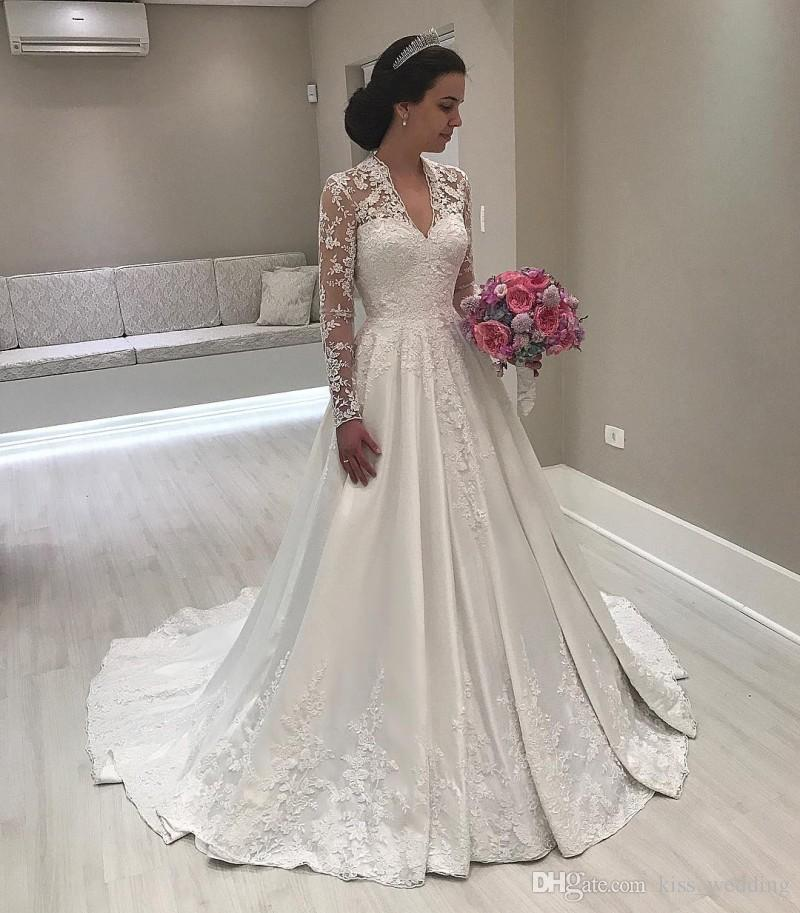 Discount Elegant Womens Long Sleeves Bridal Gown Ivory