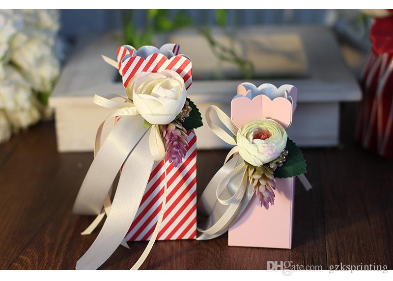Lovely candy boxes packaging with flower decorating Samll paper boxes for wedding favors various colors Pink/Blue/Red/Purple Gift sweets box