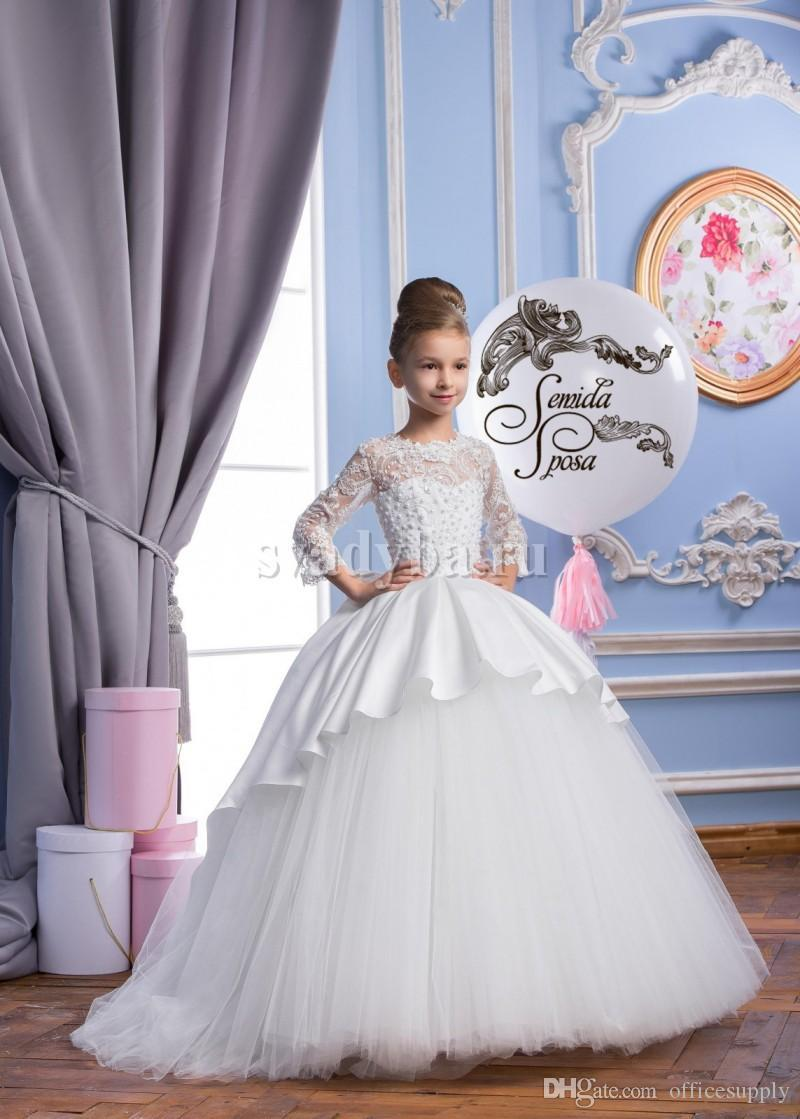 Spring Flower Girl Dresses Sheer Appliqued Jewel 3/4 Sleeves Baby Girl Wedding Party Dress Sweep Train Gowns For Communion With Bow