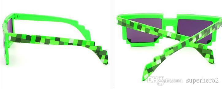 Brand new Vintage Pixel Mosaic Plaid sunglasses fashion men women CPU Bit Low Resolution Pixelated Sunglasses UV400 Party Fancy Dress props