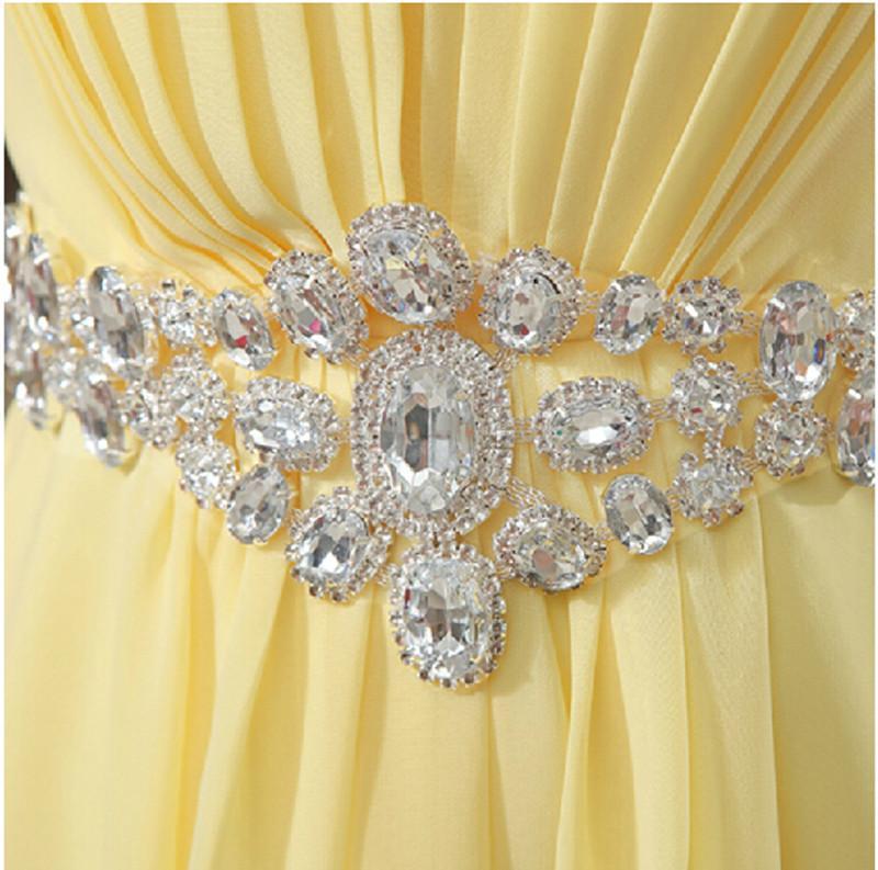 Cintura De Cristal Strapless Longo Chiffon Vestido de Dama De Honra 2018 Plissado Até O Chão Vestido Formal Para Festa de Casamento