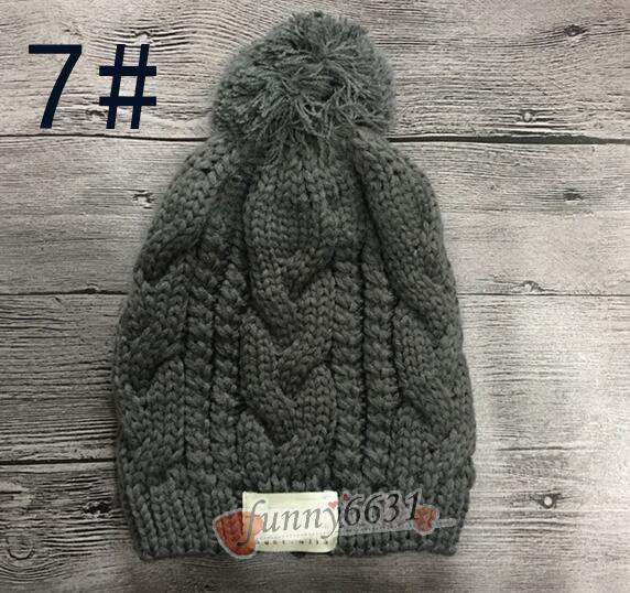 MOQ=Autumn/winter brand design warm hat woman and man hat fashion Knitted cap Wool hat black red FACTORY CHEAP