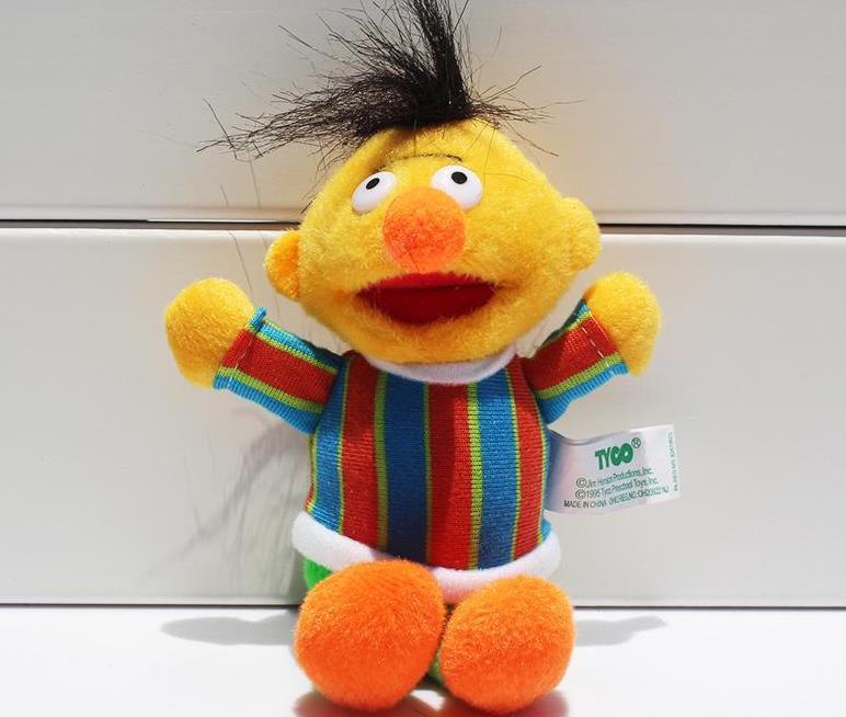 Hot / set pingentes Sesame Street Elmo Stuffed Plush Dolls Brinquedos Keychain Chaveiro transporte Boneca 13 centímetros gratuito