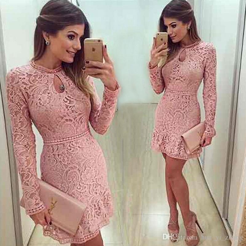 2016 Recién llegado Vestidos de cóctel con cuello de cerradura Mini Vestidos de fiesta de manga larga con cuentas de encaje rosa corto corto