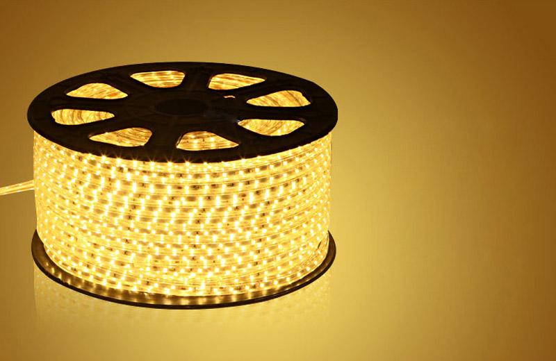 Wasserdichtes 50M 110V 220V AC SMD5050 LED-Streifenlicht 60LEDs / M ohne STROMVERSORGUNG Schneidbar bei 1Meter