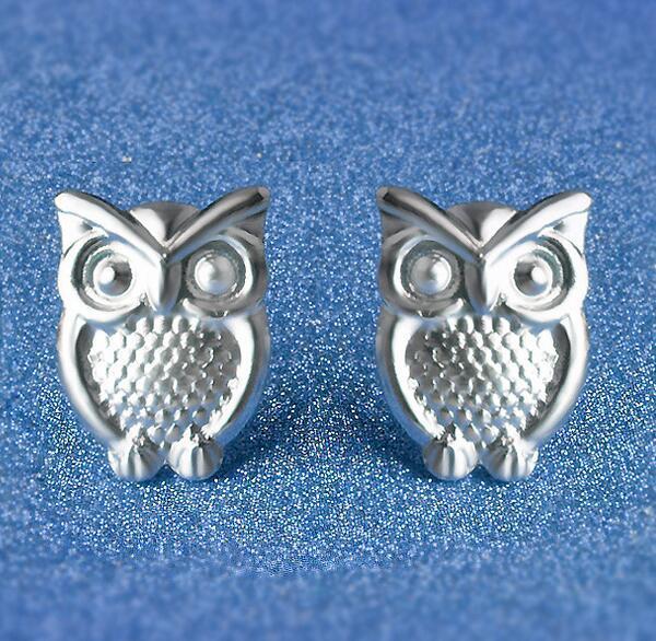 925 Pendientes de Plata Esterlina S925 Mix Styles Owl Love Fox Girasol Estrella Shell Corazón Mariposa Anclas Ear Stud Pendientes Joyas para mujeres