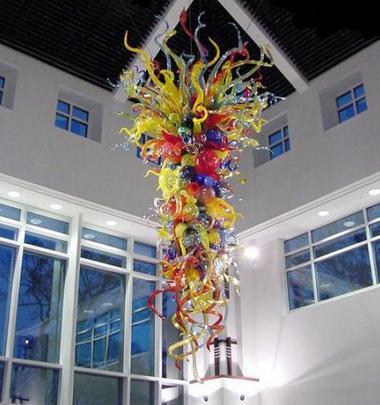 في مهب شكل زهرة كريستال الثريات الحديثة المتعددة الملونة LED لمبات 54 '' اليد زجاج الثريا أضواء رومانسية مورانو قلادة مصابيح