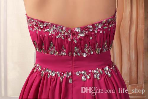 Veri abiti da ballo senza spalline Una linea di perline increspate Lunghezza del pavimento Abiti da ballo in chiffon economici Su misura