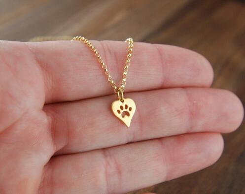 New Dog Paw Print Love Heart Pendant Necklace Women Spring Fashion Style Animal Pet Puppy Palm Paw Mark Print Necklace Party Gifts
