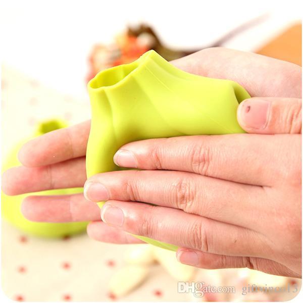 Siliconezone Silicone spicchio Aglio Peeler Magic Barrel Peeling Facile strumenti di cucina in silicone Gadget Accessori Aglio Peeling Device