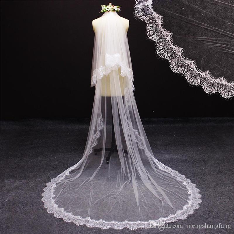 Nouveaux Images réelles 2 Couleurs Veil de bride de lacets de dentelle de cils avec peigne élégant chapelle d'ivoire blanc de mariage accessoires NV7091