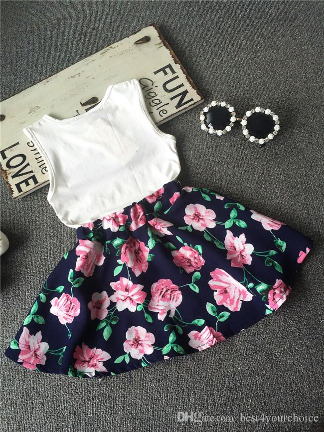 2018 nuovi bambini 2 pezzi abbigliamento estate ragazze senza maniche lettera amore fiore gilet gonna corta set abbigliamento bambini vestito