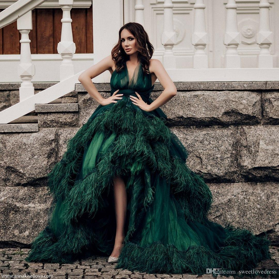 Fashion Luxury dark Green Feather Evening Gown sexy V-Neck Beaded Backless Hi-Lo Red Carpet Dress Glamorous Tiered Tulle Long Evening Dress