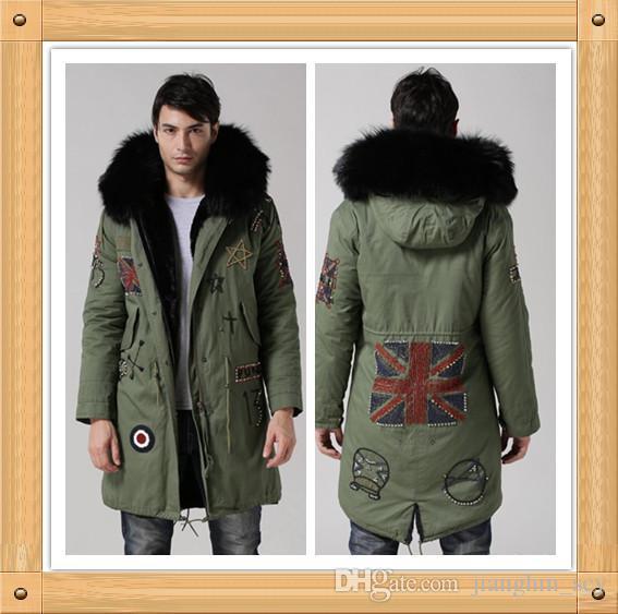 Novo Casaco Com Capuz dos homens Europeus no longo exército verde jaqueta    exército verde quente longo casaco masculino Preto colares de raposa PELE da6b801e3d0