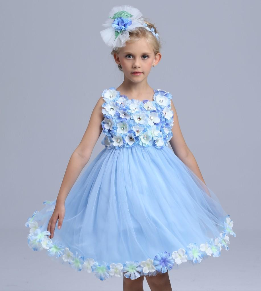 About 57% of these are girls' dresses, 10% are flower girls' dresses, and 8% are performance wear. A wide variety of tulle dress kids options are available to you, such as in-stock items, oem service. You can also choose from polyester / cotton, % cotton, and % polyester. As well as from backless, sleeveless, and long sleeve.
