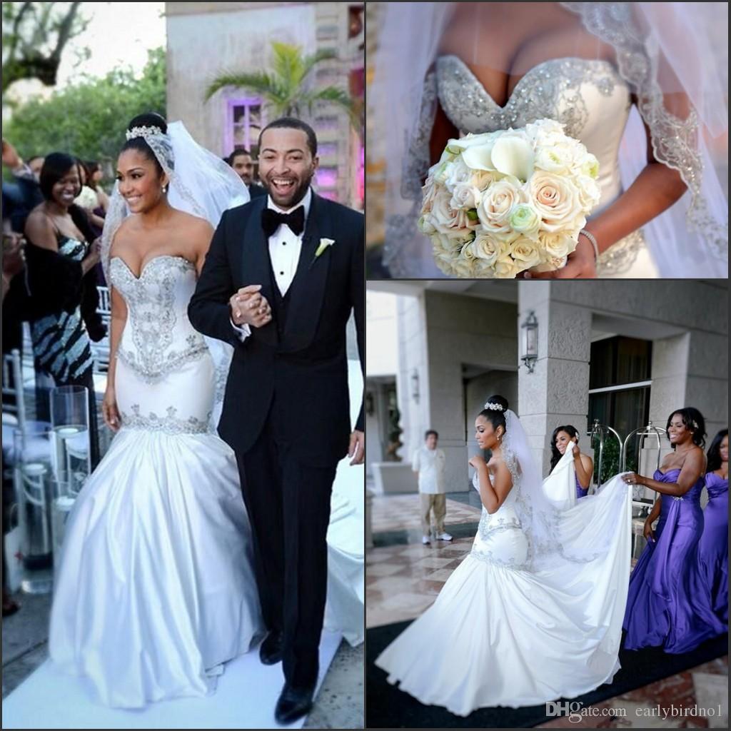 Sexiga Mermaid Bröllopsklänningar 2016 Sweetheart Beaded Bridal Gowns med Rhinestones Court Train Ivory Vestido de Novia Garden Bridal Gowns