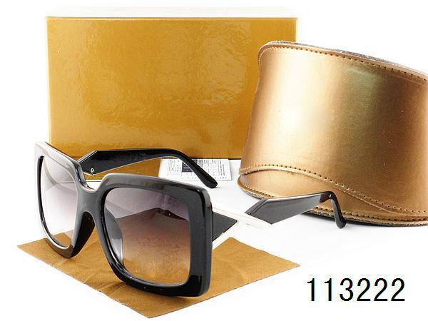 2016 النظارات الشمسية مع العدسات المستقطبة ريترو العلامة التجارية مصمم النظارات الشمسية للرجال والنساء مع حالة خشبية